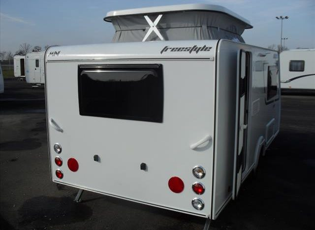 CARAVANE SILVER MINI FREESTYLE 390 CP complet